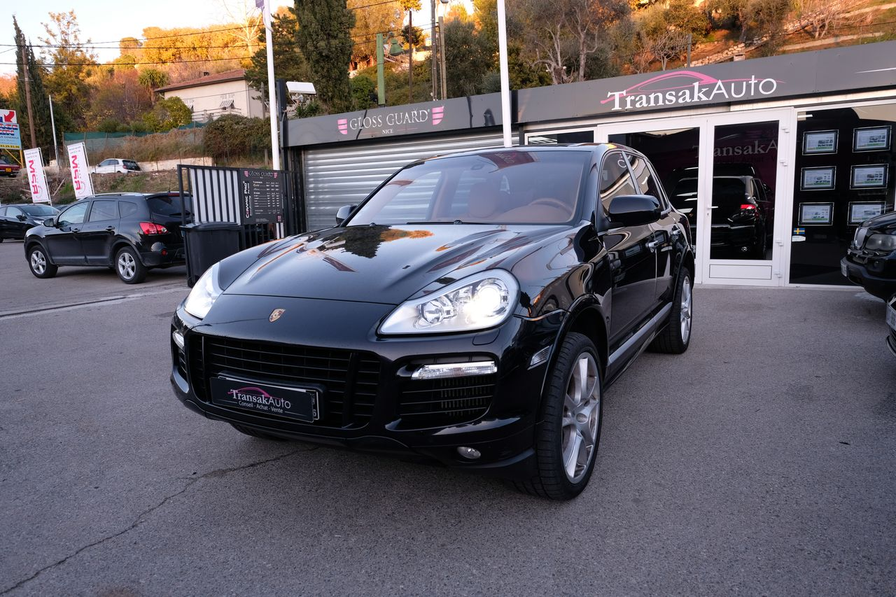 voiture porsche cayenne 4 8 v8 turbo s tiptronic s occasion essence 2008 99999 km 32490. Black Bedroom Furniture Sets. Home Design Ideas