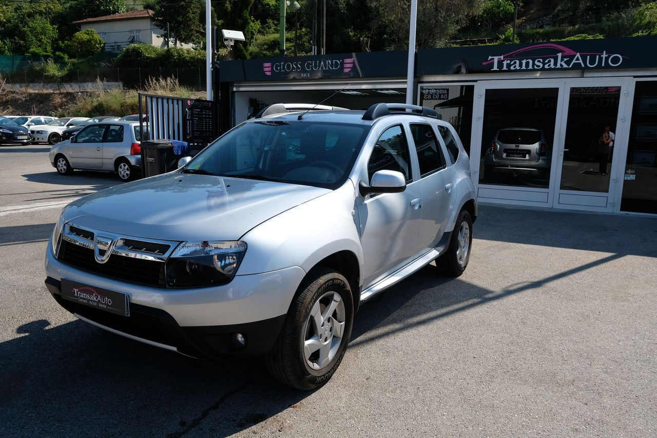 voiture dacia duster 1 5 dci 110 4x4 laur ate occasion diesel 2011 69050 km 11490. Black Bedroom Furniture Sets. Home Design Ideas
