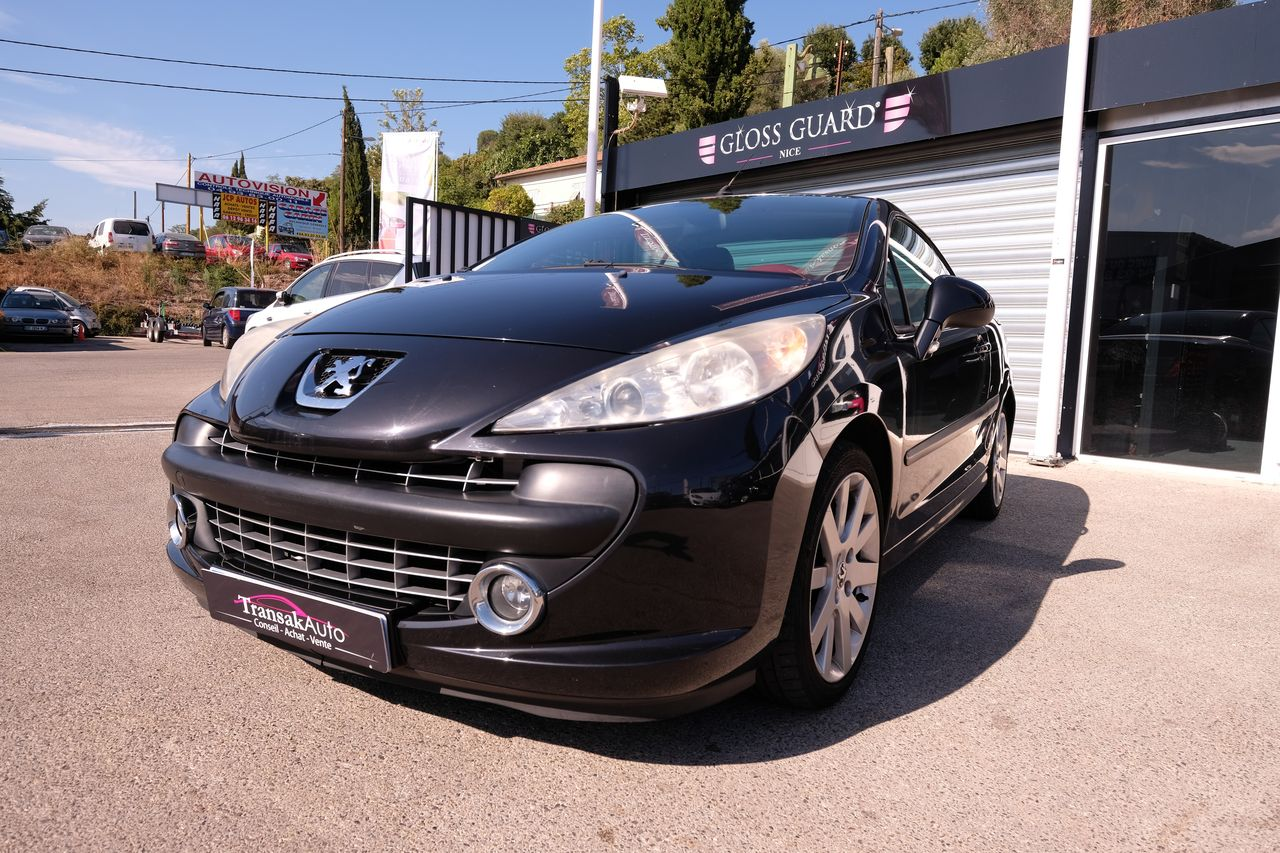 voiture peugeot 207 cc 1 6 16v thp griffe occasion essence 2007 66800 km 7990 nice. Black Bedroom Furniture Sets. Home Design Ideas